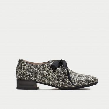 Zapato cordones lazo Hispanitas