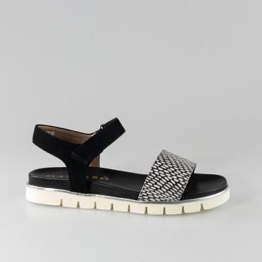 Sandalia plana de Mascaró en negro.