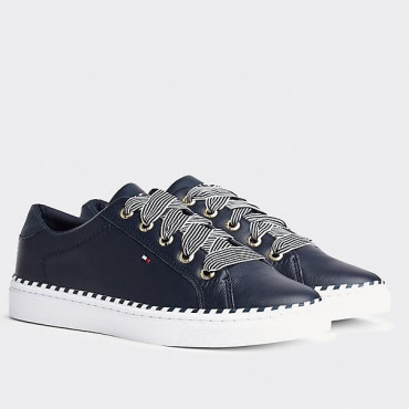 Lace Up Sneaker Nautical